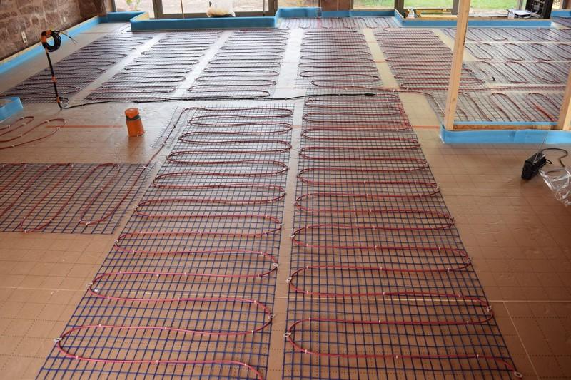 installation plancher chauffant sarl marsac. Black Bedroom Furniture Sets. Home Design Ideas